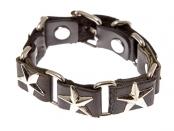 Браслет из натуральной чёрной кожи с металлическими заклёпками в виде пятиконечных звёзд.  Длина браслета - 23 см...